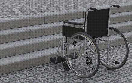 estudiantes crean una silla de ruedas para un niño