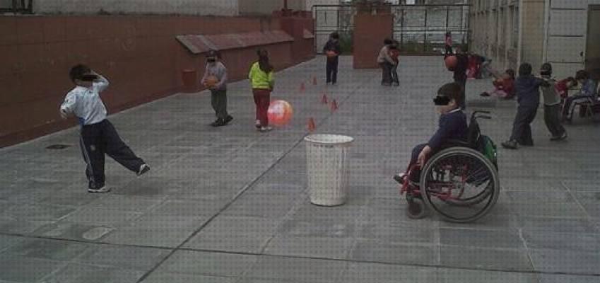 niño silla ruedas educacion fisica